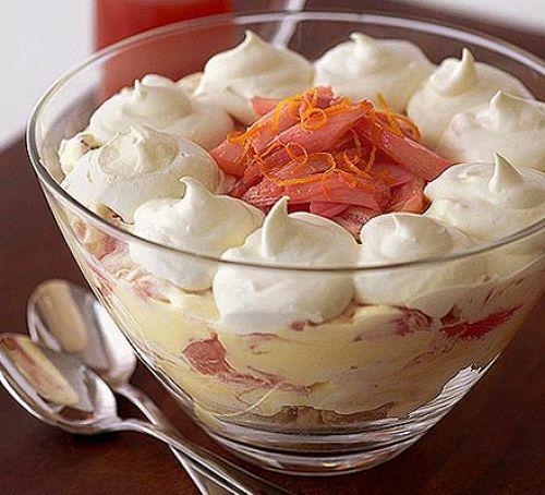 rhubarb fool trifle